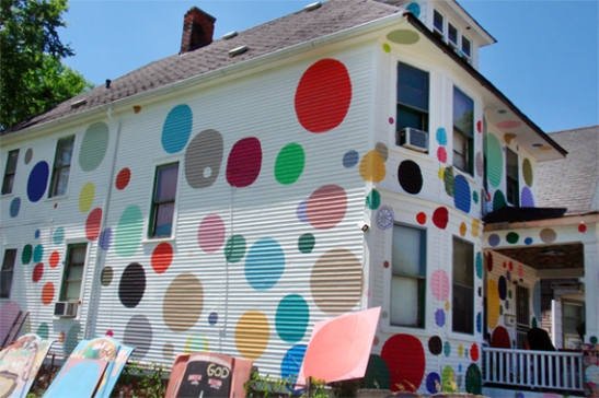 Polka dot exterior colors